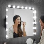 Illuminazione specchio Hollywood