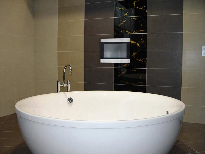 batroom monitor mirror tv waterproof hotel supplier. Bathroom Tv waterproof LCD mirror Television ip67 for sauna